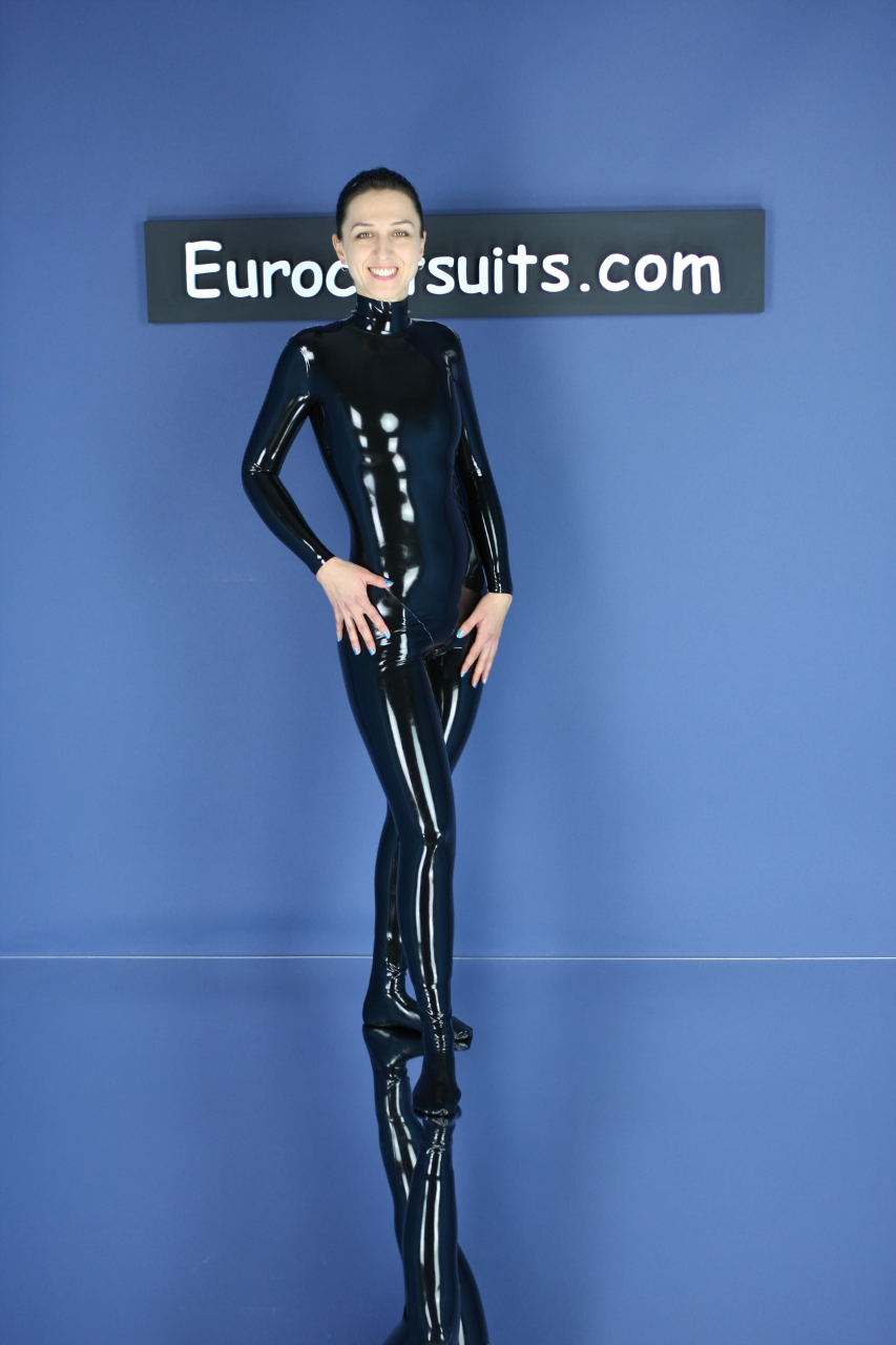 made to measure black latex catsuit without zipper - front